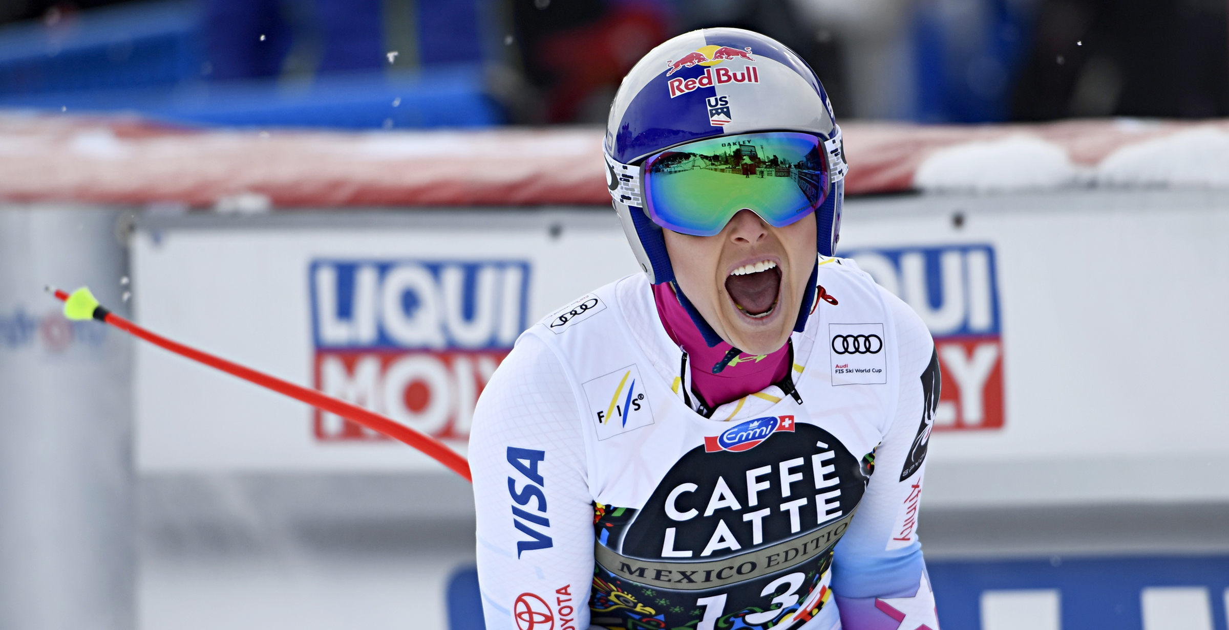 Lindsey Vonn celebrates her 82nd World Cup victory Wednesday in Are, Sweden. (Getty Images/Agence Zoom – Alain Grosclaude)