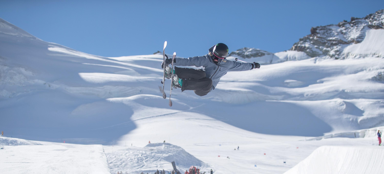 Saas-Fee Camp Kicks Off For Snowboard & Freeski Teams