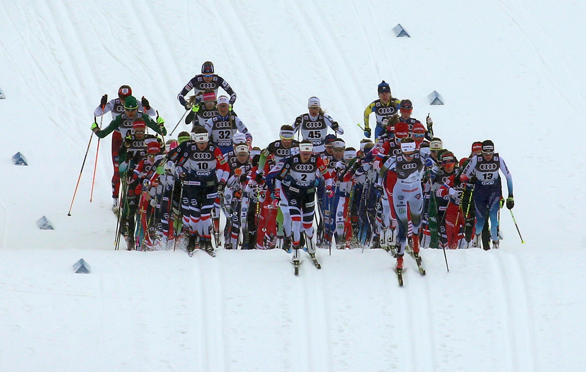Women's TdS start in Oberstdorf, Germany