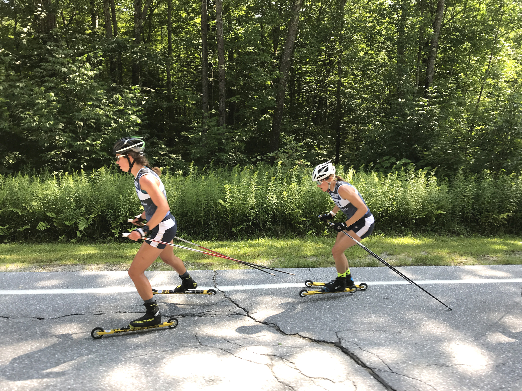 Caitlin Patterson leads Sophie Caldwell at App Gap Challenge