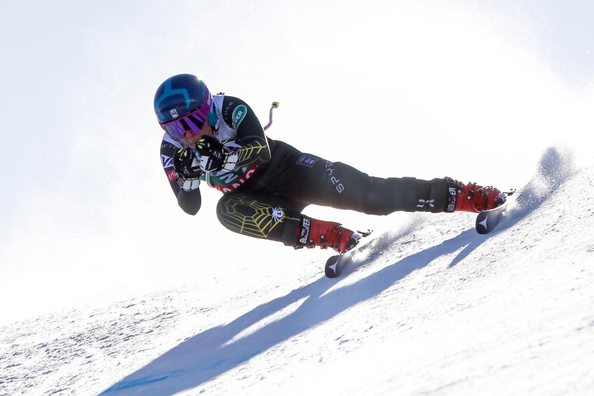 Shiffrin and Johnson in the Top Five in Bansko Downhill
