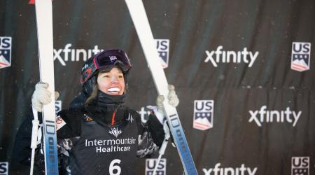 Tess Johnson wins bronze during the 2019 Dual Moguls World Championships